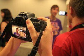 Edición de vídeos: ¿Cómo y quién los crea? | Videocontent Tu vídeo desde 350€ | Edicion de videos como y quien los crea | video
