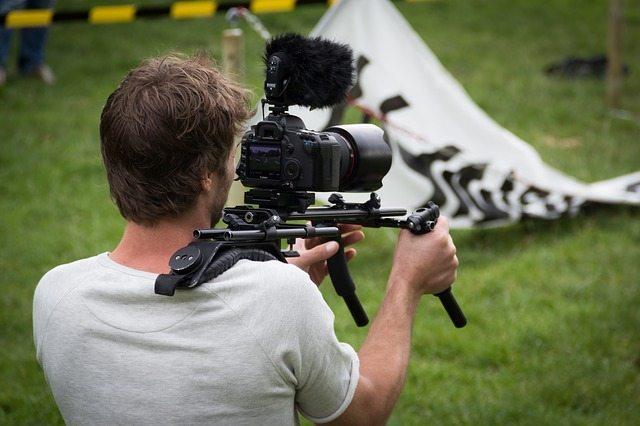 Cómo hacer un vídeo promocional: consejos prácticos   Videocontent Tu vídeo desde 350€   Cómo hacer un vídeo promocional   video-promocional