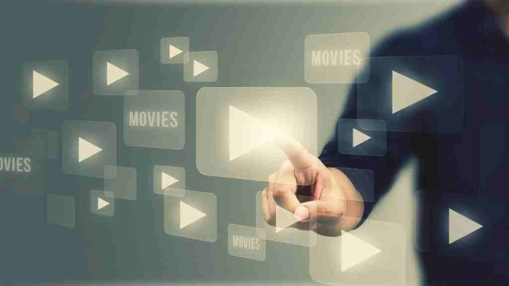 Live Stream TV, ¿Qué es y cómo funciona?   Videocontent Tu vídeo desde 350€   live stream tv que es y como funciona 1024x576   web-tv, video-streaming